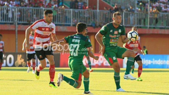 Prediksi PSMS vs Madura United 16 November 2018